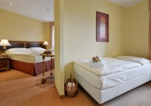 Rooms: Deluxe Triple room