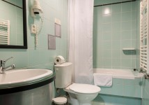 Rooms: Bathroom - Standard room / Studio