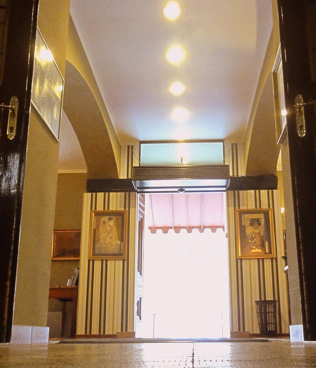 Hotel mal strana obr zky fotky obr zky a fotografie for Hotel residence mala strana tripadvisor